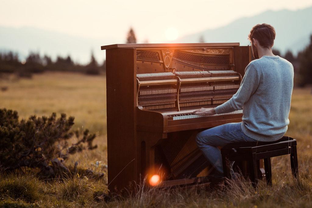 Musikalischer Autodidakt
