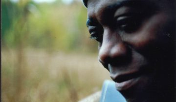 Der Münchner Reggae-Künstler interpretiert seine Songs neu