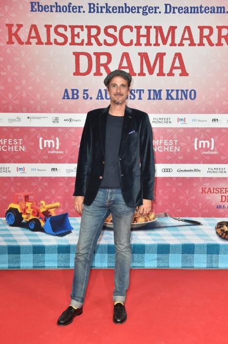 Max von Thun auf dem roten Teppich 2021